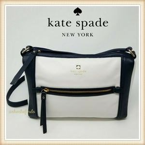 KATE SPADE WHITE AND NAVY TRIM CROSS-1BODY BAG